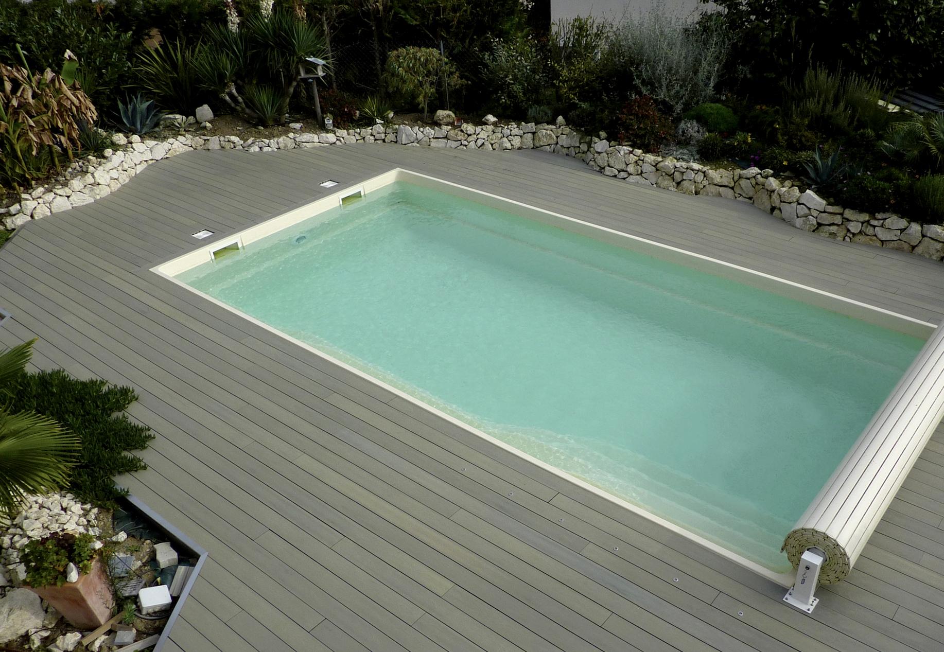 Poolumrandung gestalten poolumrandung ideen innen for Pool rund 3m